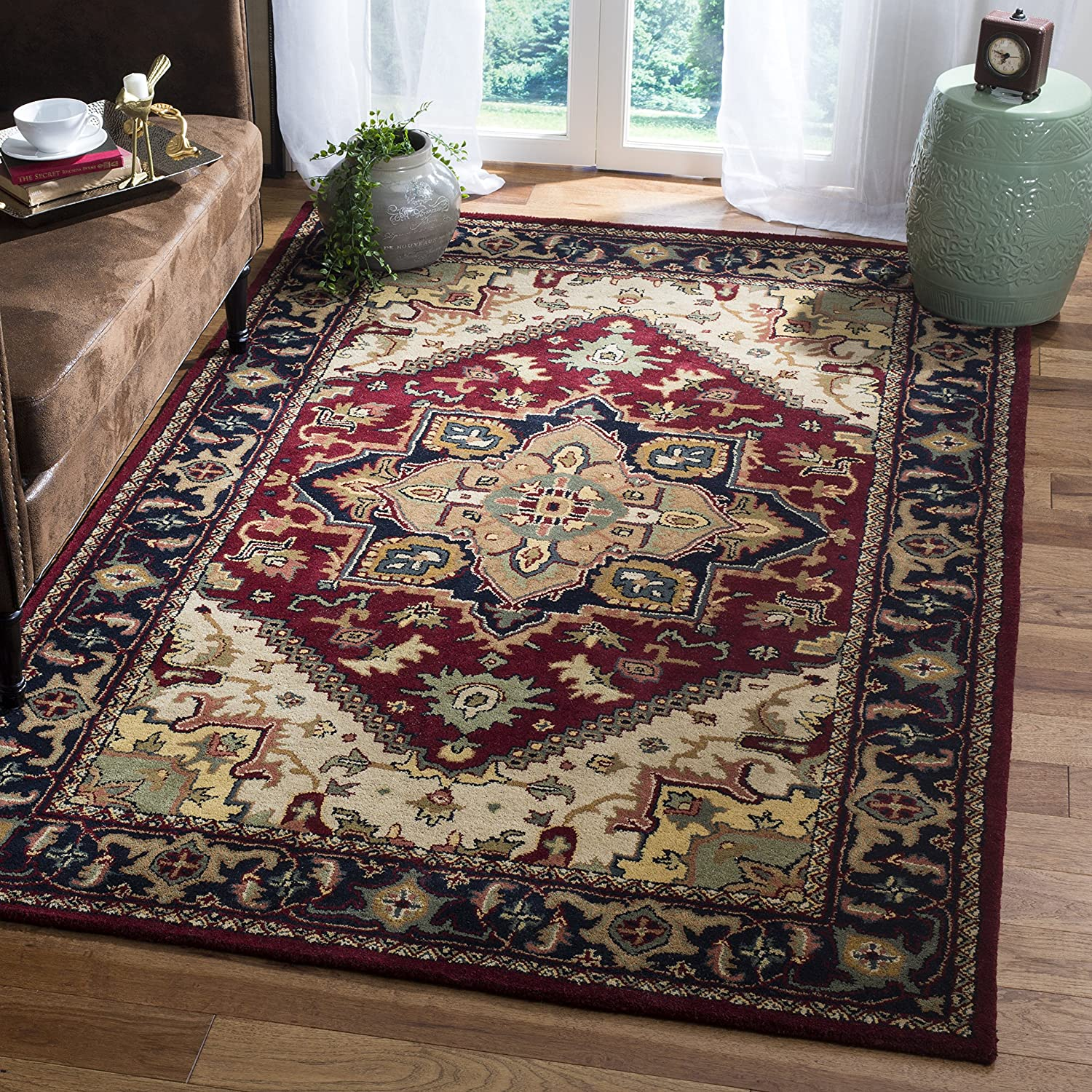 Safavieh Heritage Collection HG625A Handcrafted Traditional Oriental Heriz Medallion Red Wool Area Rug (3' x 5')