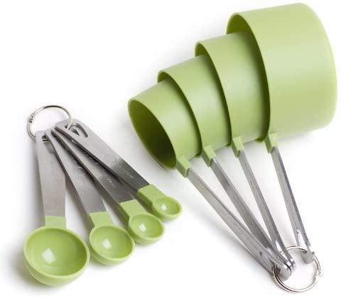 Cook's Corner 8-Piece Green Measuring Tools - 4 Measuring Cups / 4 Measuring Spoons