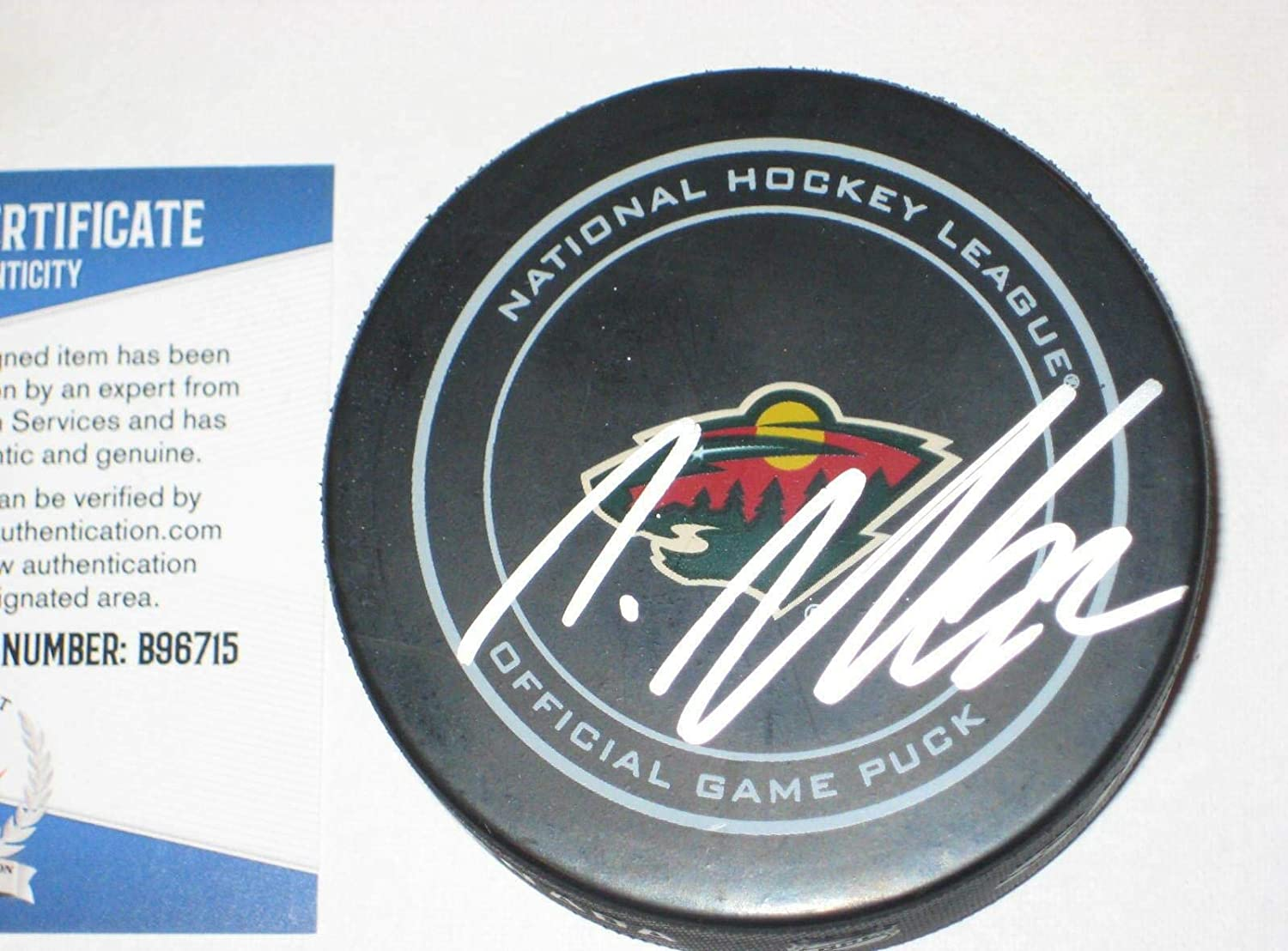 NINO NIEDERREITER Signed Minnesota WILD Official GAME Puck w/Beckett COA - Autographed NHL Pucks