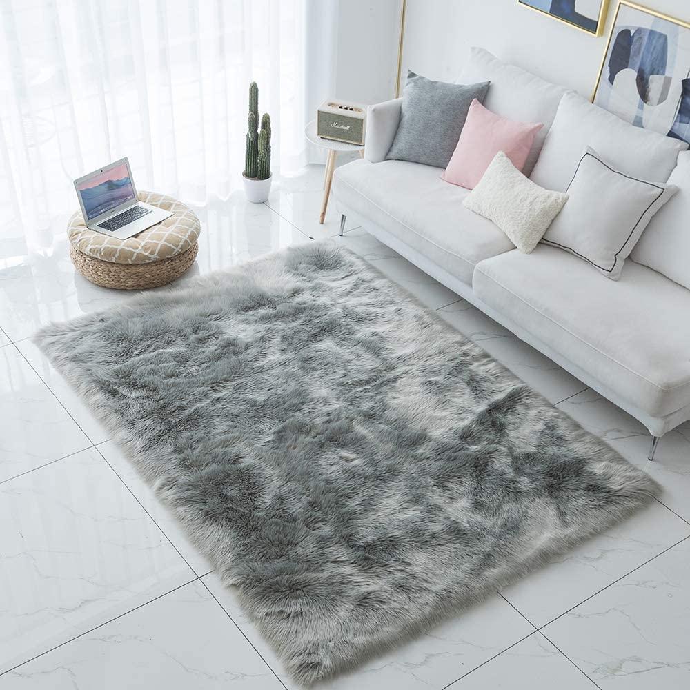 Carvapet Shaggy Soft Faux Sheepskin Fur Area Rugs Floor Mat Luxury Beside Carpet for Bedroom Living Room 6ft x 9ft, Grey