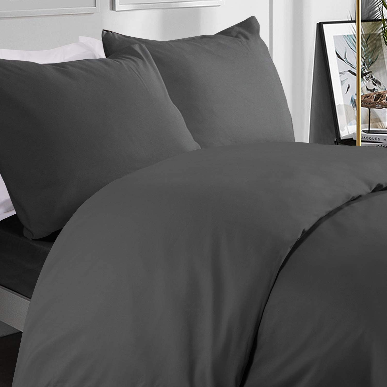 600 Thread Count Quilt Cover 100% Egyptian Cotton 3-PCs Duvet Cover Set with Button Closure - (Super King Size Grey Solid Color).