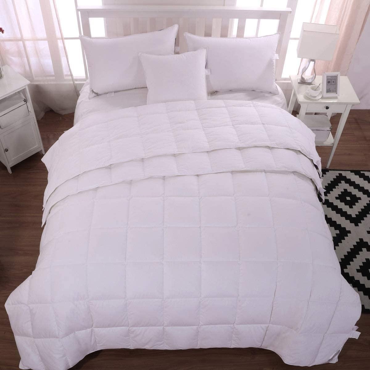 Lightweight Goose Down Comforter Duvet Insert ,100% Organic Cotton Bed Blanket for All Season or Hot Sleeper White