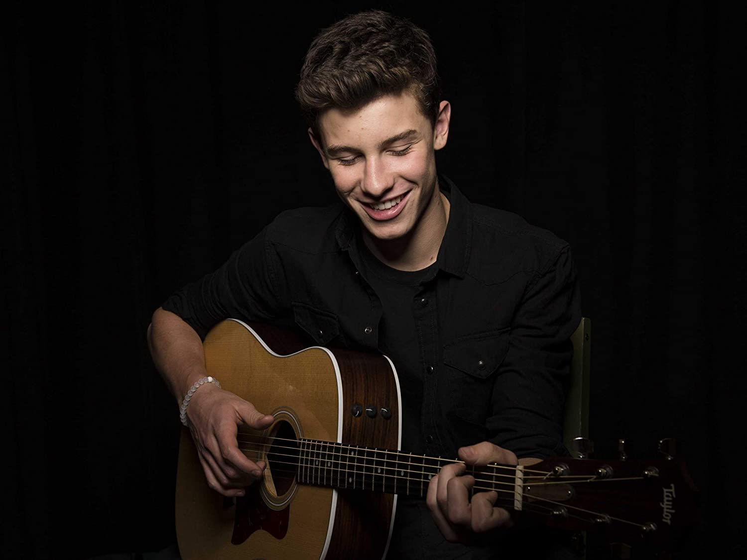 Shawn Mendes Popular Singer Poster Print Canvas Art Wall Art Print Gift Poster Unframed Printing Size - 11