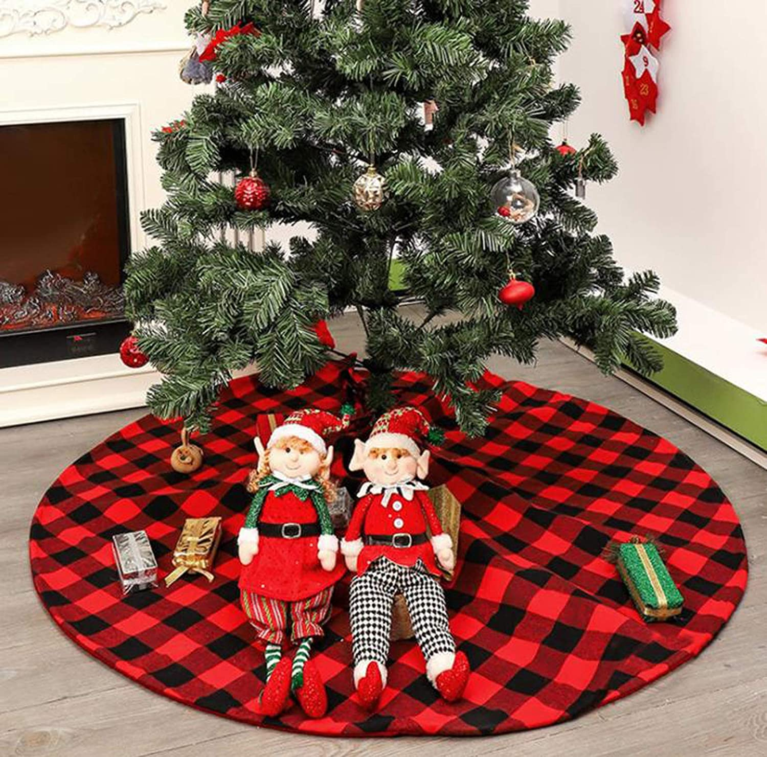 48 Inch Red and Black Christmas Tree Skirt Classic Large Buffalo Check Plaid Double Layers Winter New Year House Decoration Supplies for Xmas Holiday Party