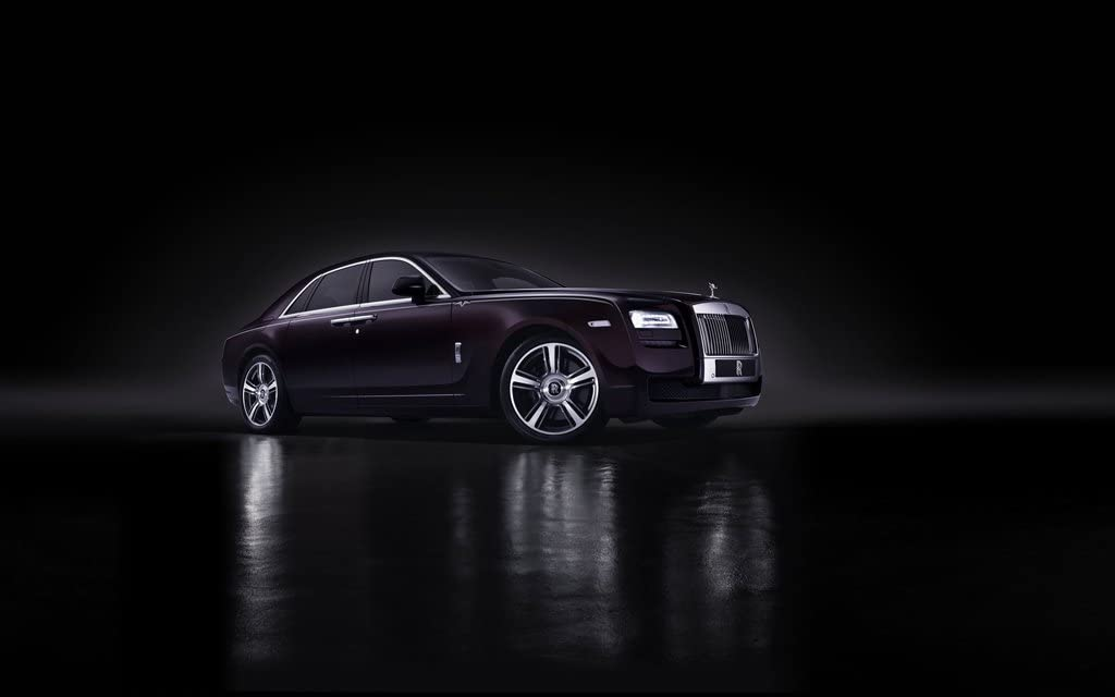 2015 Rolls Royce Ghost V Specification 2 36X48 Poster Banner