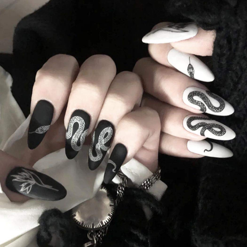 Outyua Stiletto Halloween Press on Nails Snake Left Black Fake Nails Full Cover False Nails for Women and Girls 24Pcs