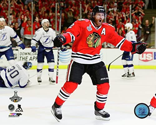 NHL Duncan Keith Goal Celebration Game 6 of The 2015 Stanley Cup Finals (Size: 8 x 10)