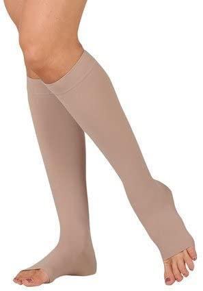 20-30 mmHg Juzo Dynamic (Varin) AD-N Compression Stockings. Knee High. Open Toe. Petite Silicone Grip. 3.5cm. ,Size:IV,Black