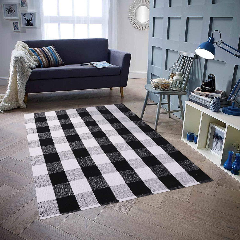 Homcomoda Cotton Plaid Checkered Area Rug 5'X7' Hand Braided Floor Rug Runner Washable Carpet for Living Room(Plaid-Black and White)