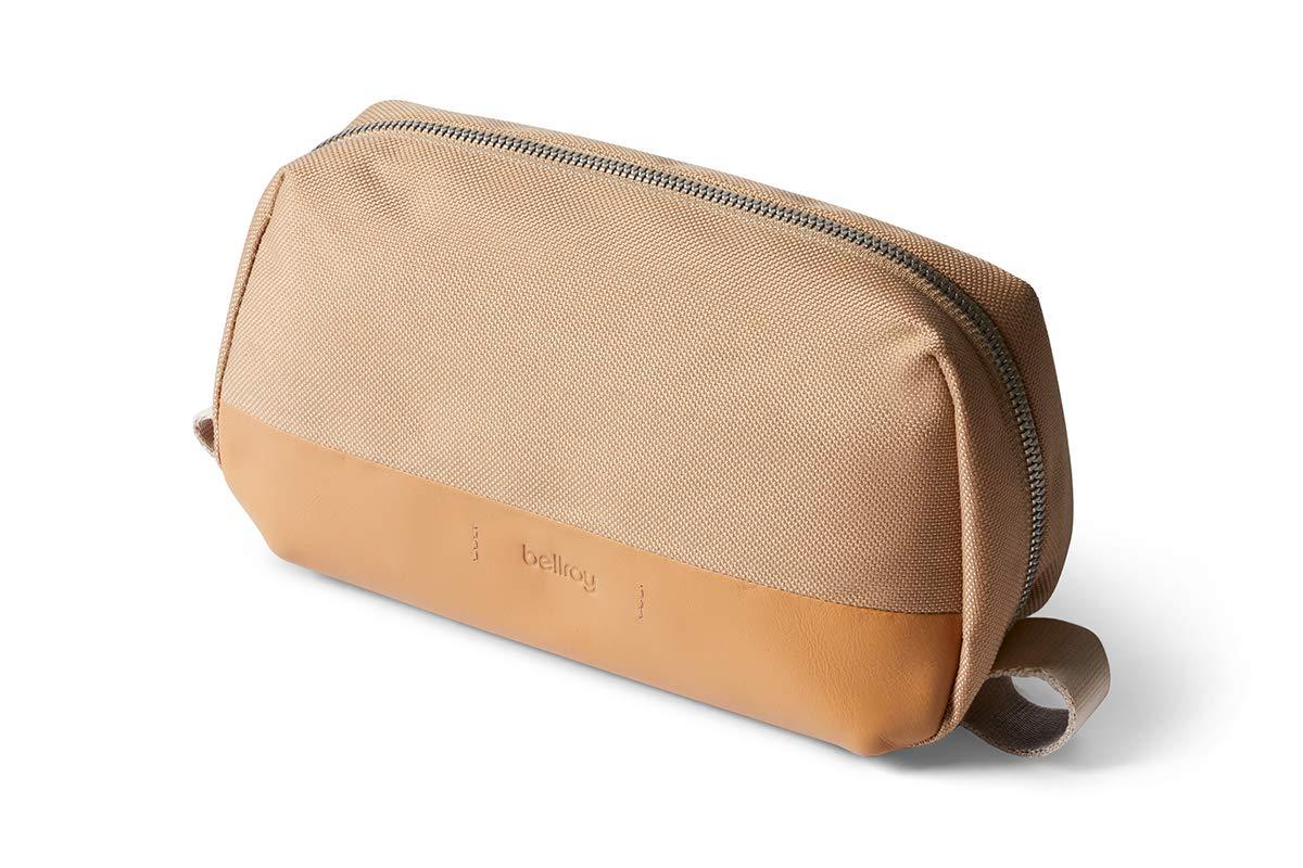 Bellroy Dopp Kit Premium (Leather Finish, toiletries, Shaving Accessories, Hairbrush, Toothbrush) - Desert