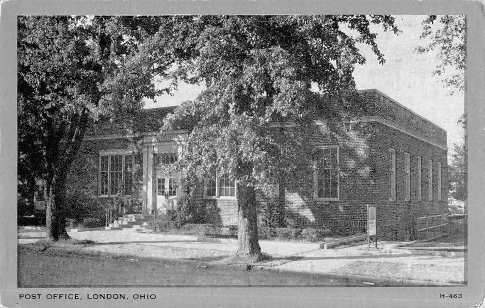 London Ohio Post Office Street View Antique Postcard K52154