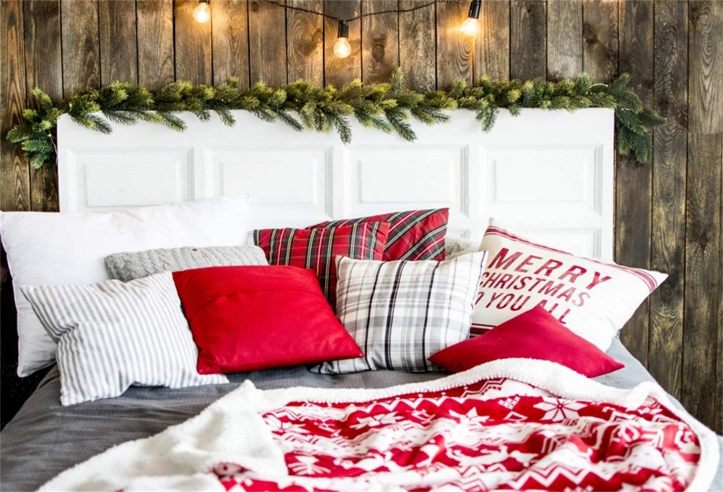 Laeacco Christmassy Warm Bed White Wooden BedHead Merry Christmas to You All Pillow Backdrop Vinyl 7x5ft Christmas Background Child Kids Adult Portrait Shoot Xmas Party Banner Studio Props