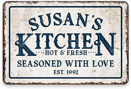 MAIYUAN Personalized Kitchen Signs Seasoned with Love, Creative Retro Kitchen Decorative Wall Signs, Personalized Kitchen Metal Decorations,Kitchen Metal Room Sign