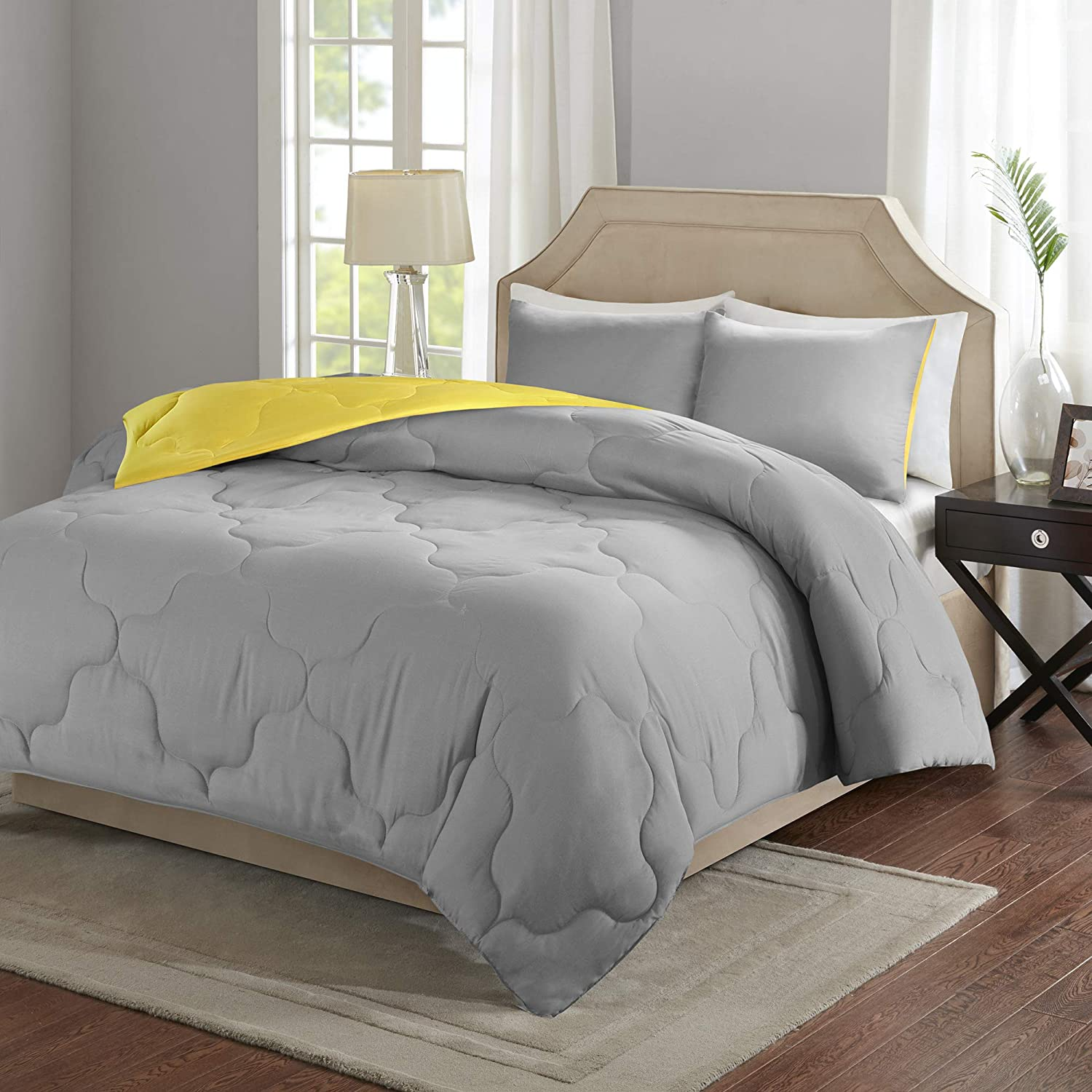 Comfort Spaces Vixie Reversible Comforter Set-Modern Geometric Quaterfoil Cloud Quilted Design All Season Down Alternative Bedding, Matching Shams, Twin/Twin XL(66x90), Grey/Yellow
