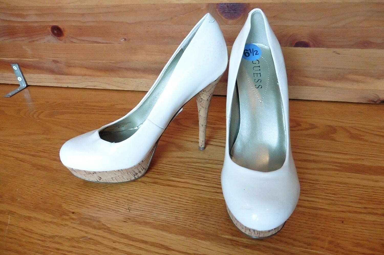GUESS White cork high heels patent leather size 6.5 shoes