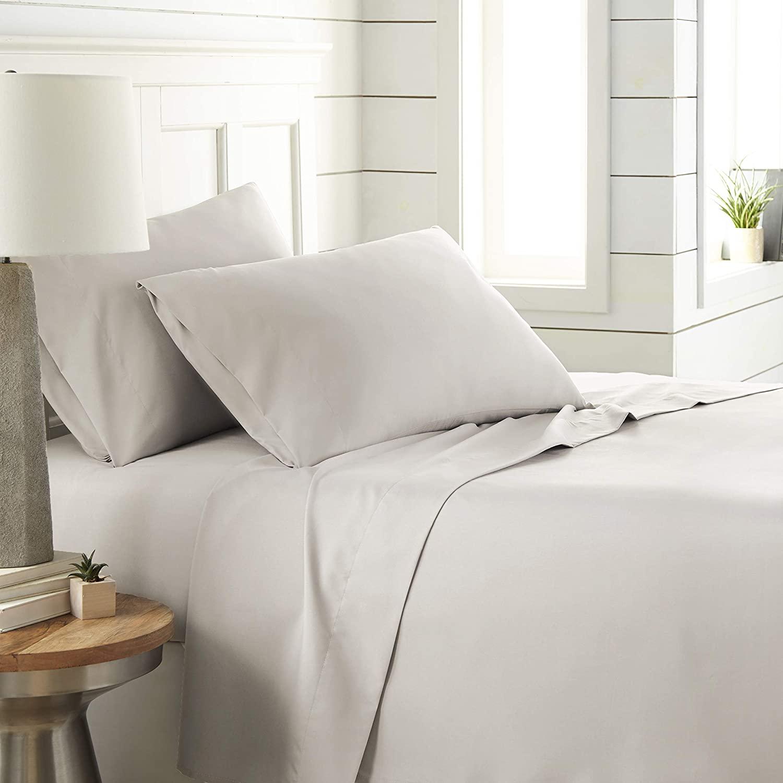 Southshore Fine Living, Inc. Classic Soft and Comfortable 4-Piece Sheet Set, King, Bone