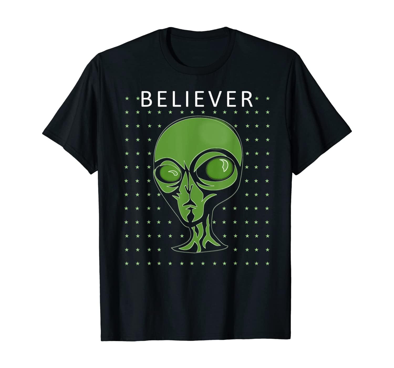 Alien UFO Believer - Alien Abduction - UFO Sighting T-Shirt