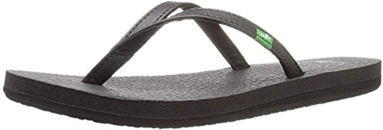 Beach Sandals Bundle: Sanuk Womens Yoga Spree 4 Sandal & Beachmat
