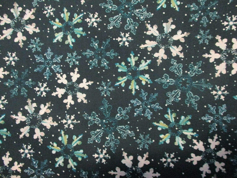 Snowflakes Floral Snow Flake Blues White Digital Print Cotton Fabric Size;1/4 Yard(18x22)