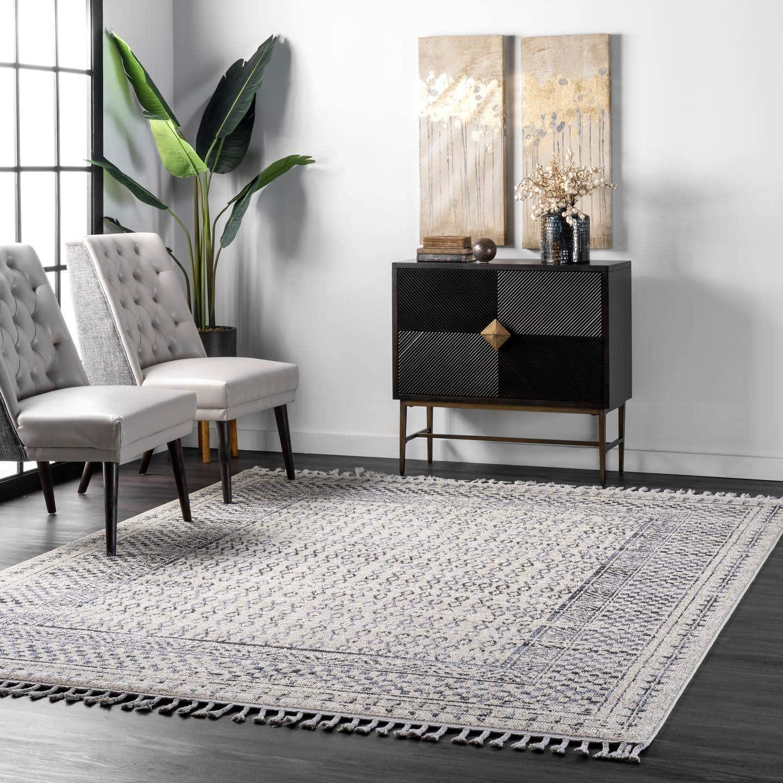 nuLOOM Claudia Diamond Area Rug, 4' x 6', Grey Multi