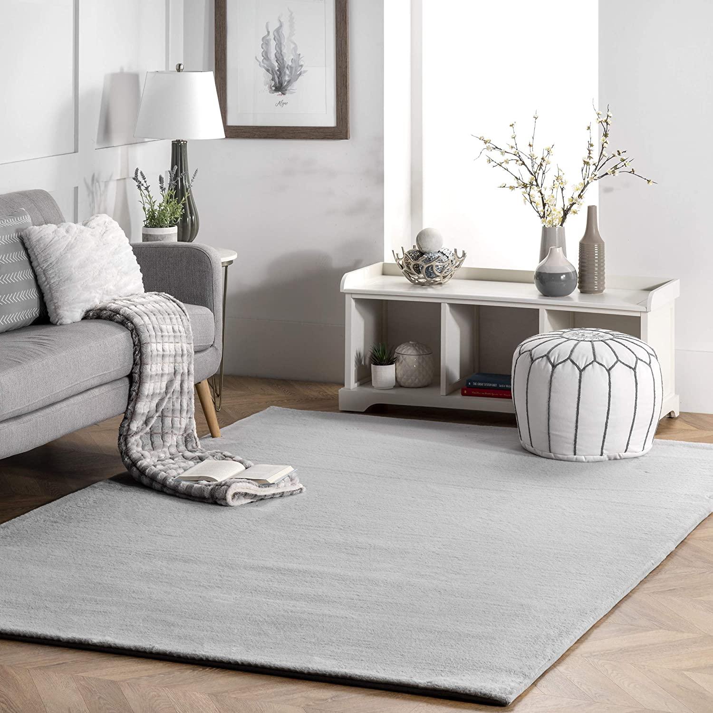 nuLOOM Rabbit Soft & Cozy Solid Shag Area Rug, 5' x 8', Light Grey