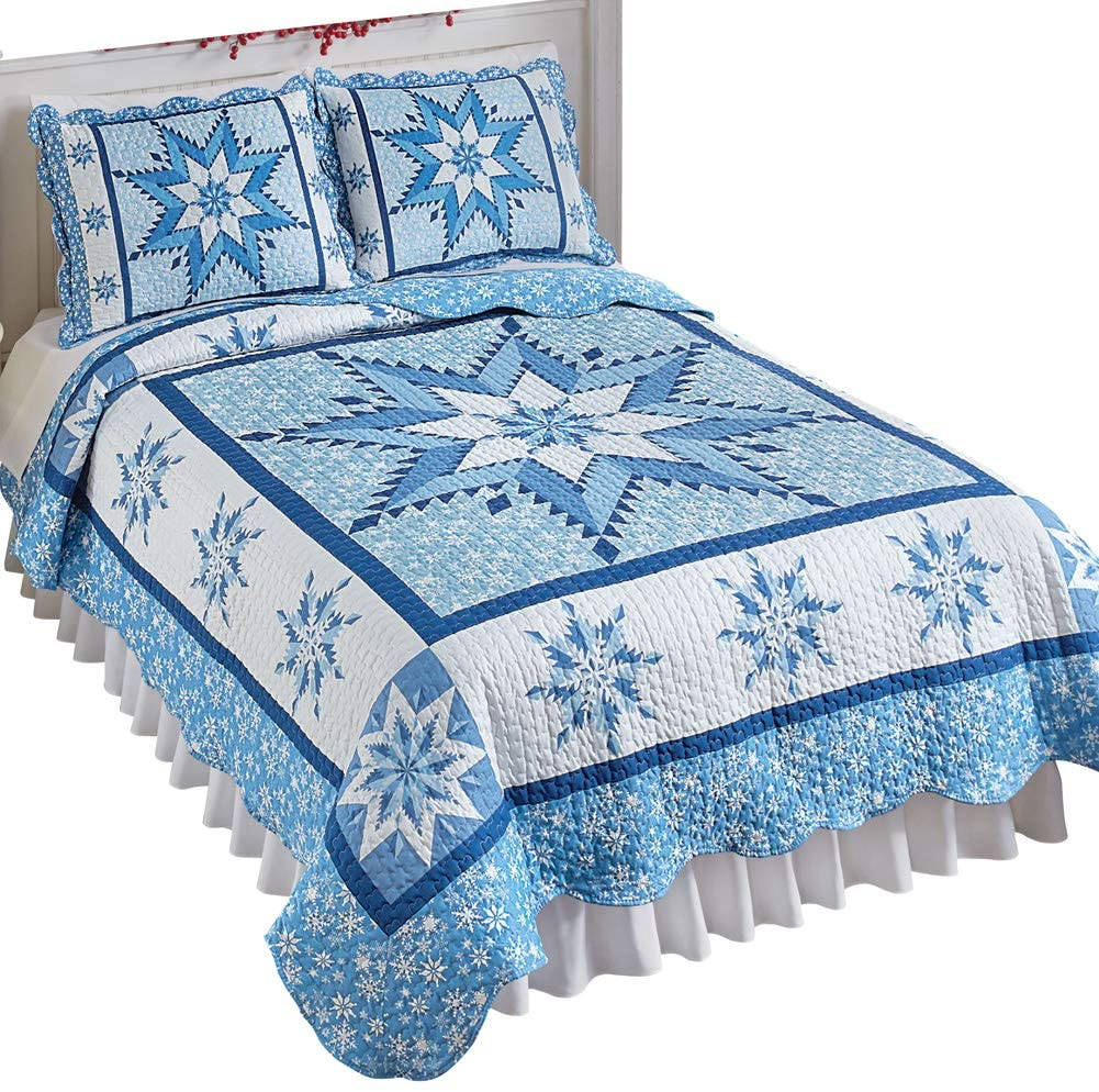 Pretty Snowflake Winter Holiday Reversible Patchwork Quilt Bedding with Scalloped Edges