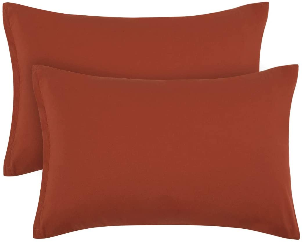 PiccoCasa Zippered Pillowcases, 100% Brushed Microfiber Orange Pillow Case Cover, Queen Pillow Cases Set of 2, Soft and Wrinkle, Fade, Stain Resistant for Pillow Protector