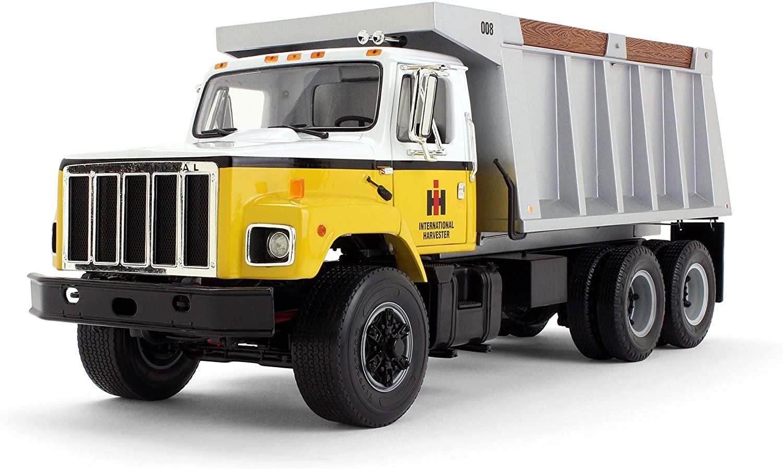 First Gear 1/25 Scale Diecast Collectible International Harvester International 'S' Series Dump Truck (#40-0190)