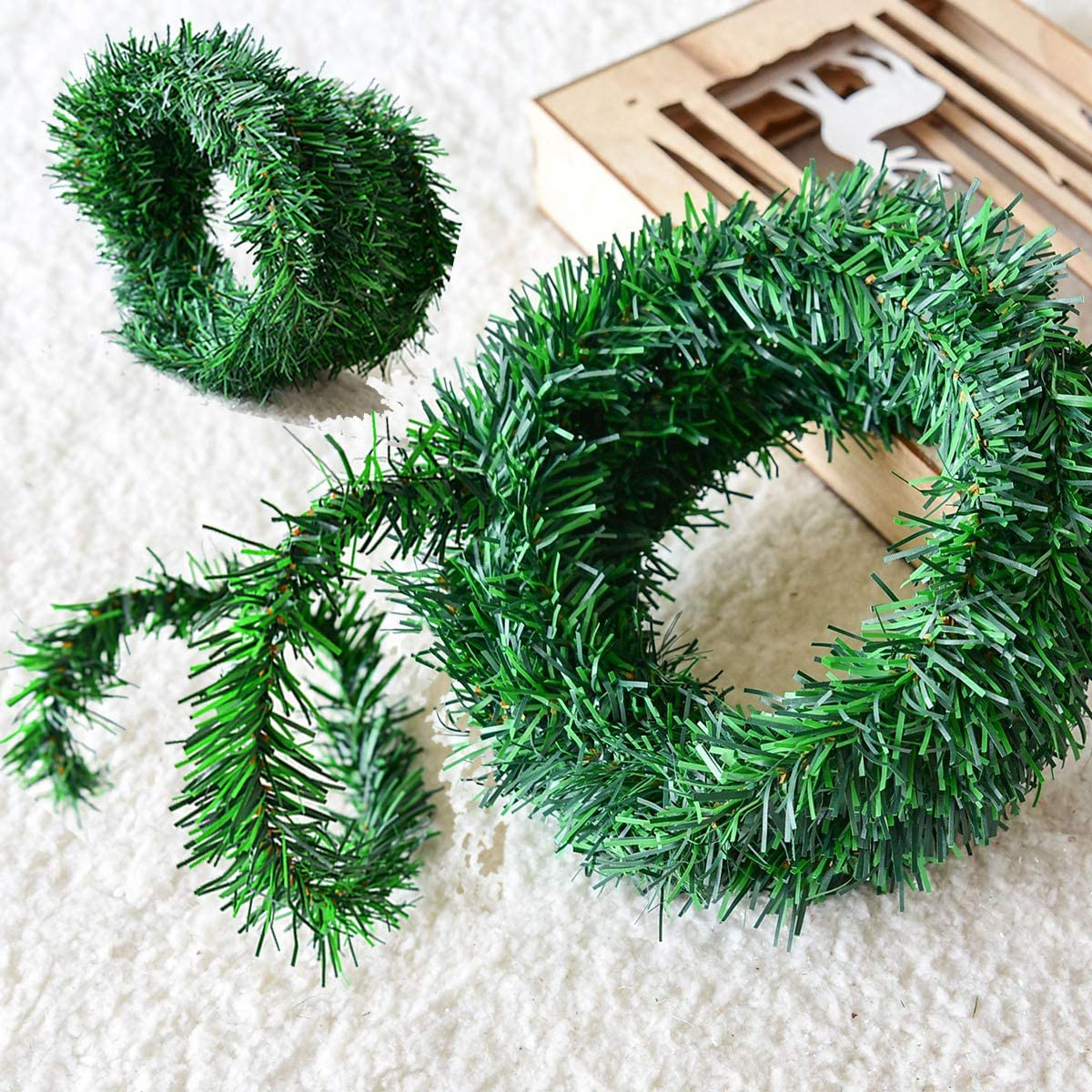 ilifemate 54 Feet Christmas Garland, Artificial Green Garland, Soft Greenery Garland, Classic Christmas Decoration for Outdoor/Indoor, Holiday Wedding Party Decoration